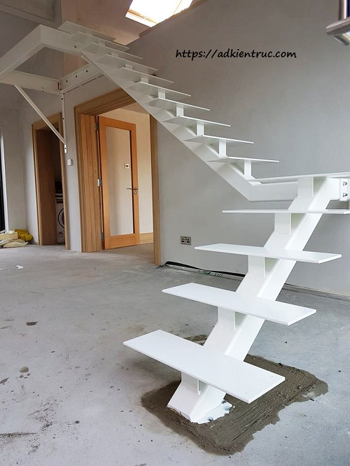 thi công cầu thang