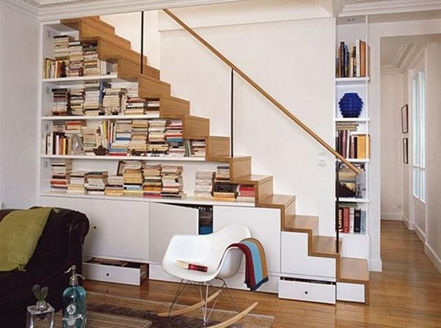ý tưởng cầu thang làm giá sách