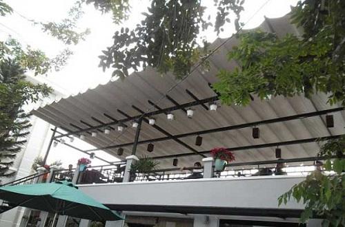 mái che sân thượng bằng tôn