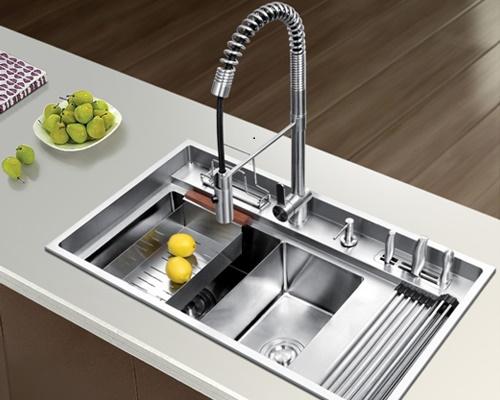 vòi rửa bát bảo dưỡng đúng không gây sự cố khi sử dụng