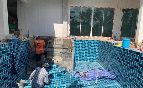 chi phí xây bể bơi