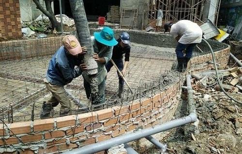 xây bể bơi bằng gạch