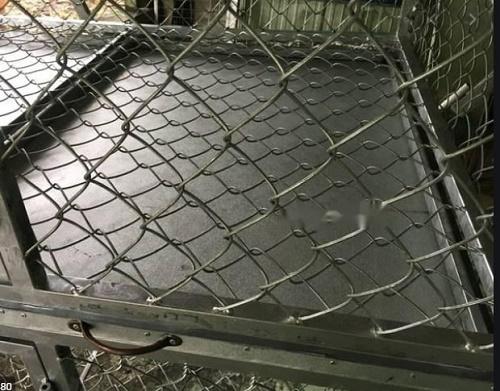 làm chuồng gà bằng lưới b40