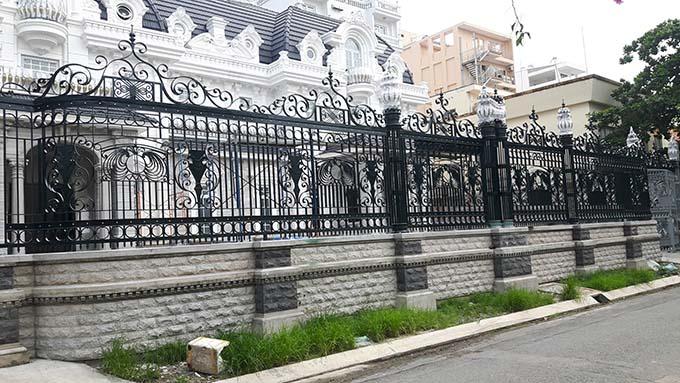 tường rào sắt